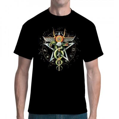 Von Ophiuchus, dem Schlangenträger, leitet sich dar Äskulapstab ab, das Symbol der Medizin. Dieses mystische Shirt Motiv zieren 2 Schlangen, die sich um einen Stab winden sowie ein Kreis aus astrologischen Symbolen.