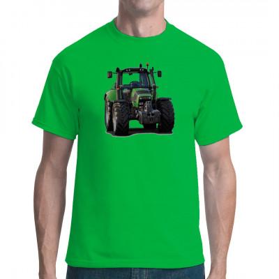 Ein leistungsstarker Deutz Fahr Traktor als Motiv für dein T-Shirt, Sweatshirt oder V-Neck. Ideal für alle Fans von landwirtschaftlichem Großgerät