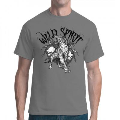 Wenn du es auch wild magst, dann ist dieses Shirt Motiv mit einem Säbelzahntiger und zwei Totenschädeln genau das Richtige für dich.