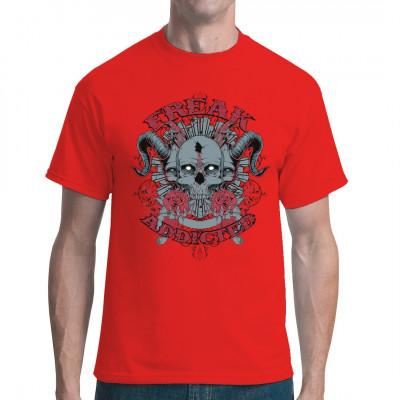 """Gehörnte Totenköpfe mit Schusswunde, Rosen, Ornamenten und dem Spruch """"Freak Addicted"""" Düsteres Motiv für dein T-Shirt, V-Neck oder Sweatshirt"""