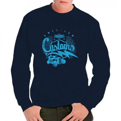 Du bist Fan der amerikanischer Tuning- und Modding-Szene? Dann hol dir dieses coole Hot Rod Motiv für dein T-Shirt, Sweatshirt oder V-Neck.  Mittels Digital-Direktdruck aufgebracht. waschfest
