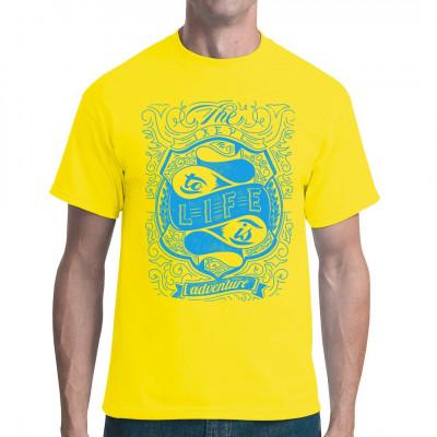 Shirt Print: The key to life is adventure Das wichtigste am Leben ist, sich immer neue Abenteuer zu suchen. Auf die Weise bleibt alles immer spannend.  Mittels Digital-Direktdruck aufgebracht. waschfest