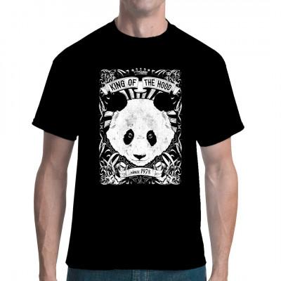 Mit diesem coolen Panda-Shirt bist du der unangefochtene King in deiner Nachbarschaft.  Mittels Digital-Direktdruck aufgebracht. waschfest