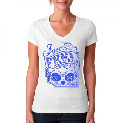 Stylisches T-Shirt Motiv mit Totenschädel, Diamanten und gekreuzten Knochen. Piraten-Look meets Hipster-Fashion. Damit liegst Du nicht voll im Trend, Du setzt einen völlig neuen und eigenen!  Mittels Digital-Direktdruck aufgebracht. waschfest