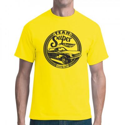 Cooles 70er Jahre US Muscle Car als waschfester Digital-Direktdruck für Dein T-Shirt, Sweatshirt oder V-Neck.  Ideales Geschenk für alle Fans fetter V8-Motoren.