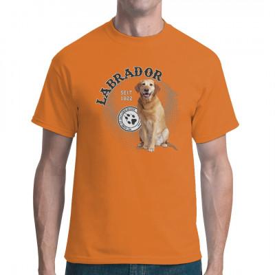 Hunde Shirt Motiv: Labrador  Toller T-Shirt Druck für alle Tierfreunde und Hundebesitze. Hol Dir diesen süßen Rassehund für dein T-Shirt, Sweatshirt oder V-Neck.