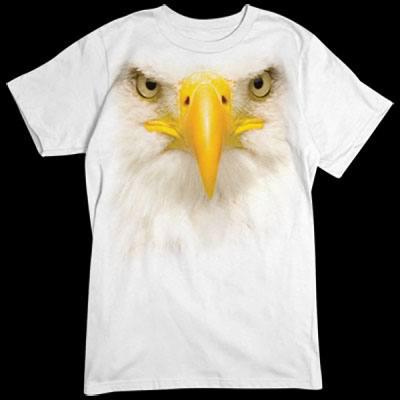 Übergroßes T-Shirt - Motiv: das Gesicht eines Adlers Für alle Naturfreunde kommt hier der absolute Knaller: Oversize-Motive, die sich über das gesamte Shirt erstrecken. Diese Motive gehen nahtlos in die Farbe des Textils über und sind deshalb nur auf ein
