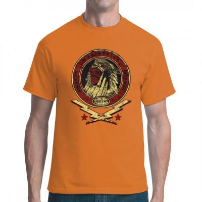 T-Shirt Motiv: Custom Tradition  Cooles Biker- Motiv mit einem Totenkopf eines Indianerhäuptlings und dem Schriftzug Americas  Motorcycle Original.