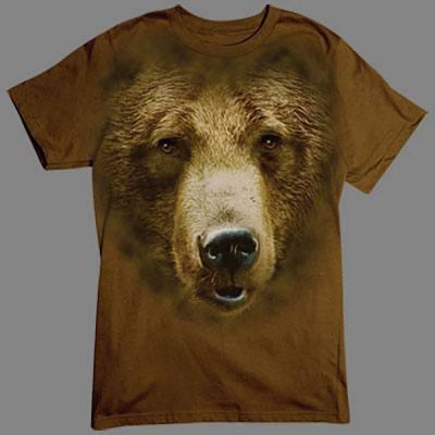 Mit diesem T-Shirt erweist ihr euch sicher keinen Bärendienst. Dieser Teddy ist ganz zahm und will nur knuddeln.
