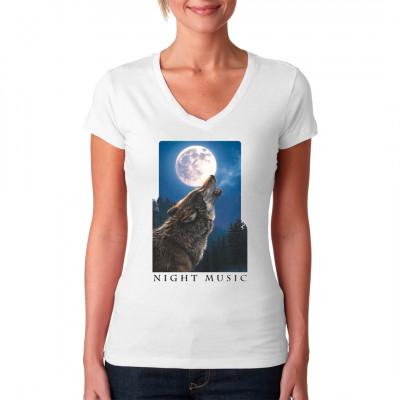 Wolf Shirt Motiv. Heulender Wolf mit einem Mond und Wald im Hintergrund.  Motivgröße: 36 x 24 cm