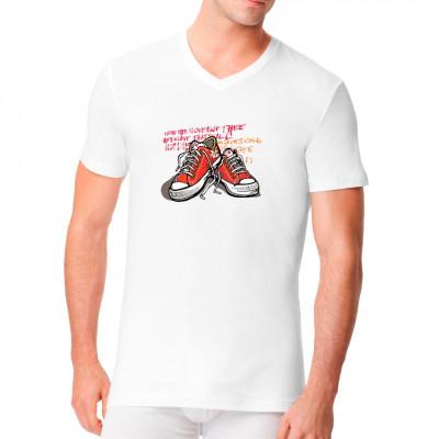 Motiv: Red Sneakers   Die Klassiker. Coole rote Sneakers mit Schriftzug im Hintergrund.