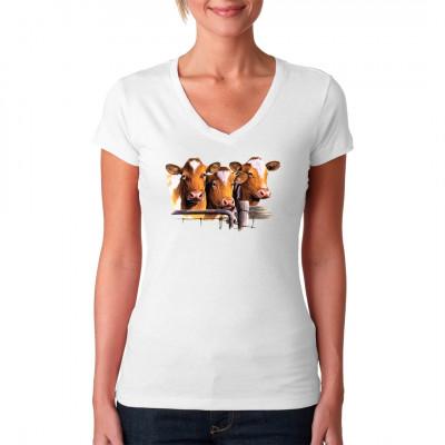 T-Shirt - Motiv : Eine Gruppe Guernsey Kühe am Zaun. Tolles Shirt für Rinderzüchter. Mittels Transfer Siebdruckverfahren aufgebracht. waschfest
