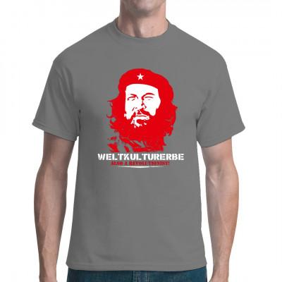 Das Multi-Talent Carlo Pedersoli alias Bud Spencer wurde vor allem durch zahlreiche Prügel-Western-Komödien mit Terence Hill bekannt. Das T-Shirt zeigt ein stark kontrastiertes Foto, dem bekannten Abbild Che Guevaras nachempfunden.