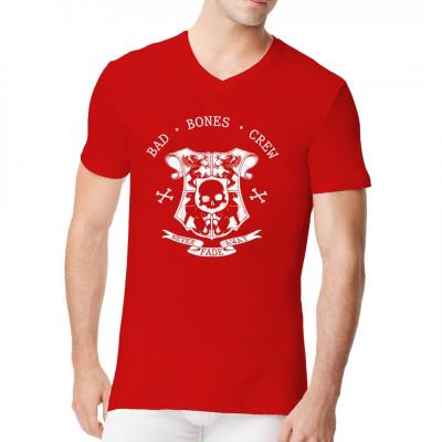 Cooles Fantasy Biker Shirt Motiv mit Greifen und einem Totenschädel. Bad Bones Crew - Never Fade Away Mittels Digital-Direktdruck aufgebracht. waschfest