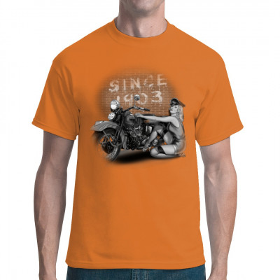 Pin-Up: Since 1903, Fahrzeuge, Bikes / Fahrrad, Männer & Frauen, Biker, Pin Ups, Pin Ups
