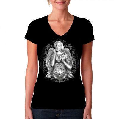 T-Shirt - Motiv: Marilyn Monroe mit Engelsflügeln und Tattoos.  Cooles Pinup-Motiv für dein T-Shirt, V-Neck oder Sweatshirt.