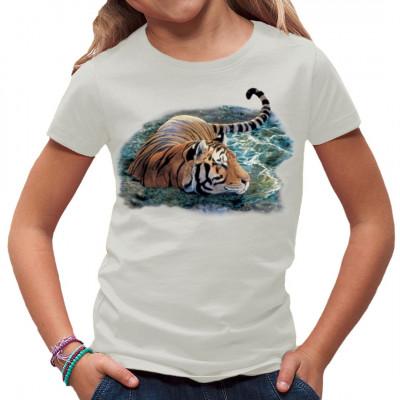 Die meisten Katzen sind recht wasserscheu. Nicht so Tiger, für die sind selbst reißende Flüsse kein Hindernis. So ein Bad im Fluß erfrischt nicht nur, oftmals springt dabei sogar noch eine leckere Mahlzeit heraus. Tolles Tiermotiv für dein T-Shirt.