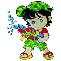 Junge mit Wasserpistole