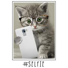 Selfie Miez