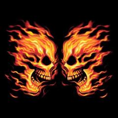 Brennender Totenkopf seitliche Ansicht