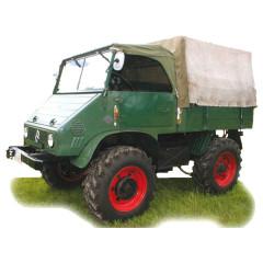 Unimog - Altes Fahrzeug Fotodarstellung